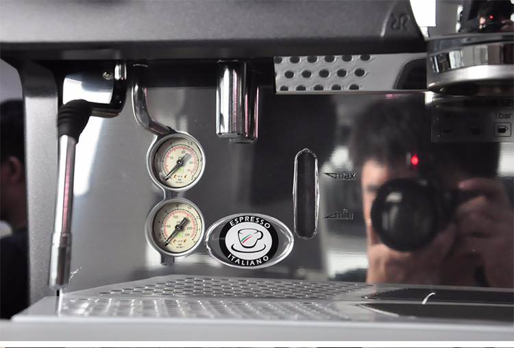 may-pha-ca-phe-rancilio-epoca-e2-3